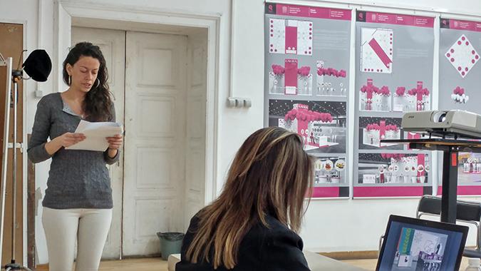 Официален сайт на специалност рекламен дизайн > Събития  На 2 02 2017 се проведе дипломна защита на специалност Рекламен дизайн Успешно защитиха в о к с Магистър Мария Таскова и Силва Апостолова